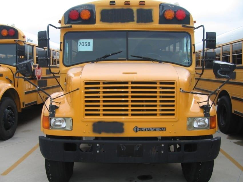bus 18