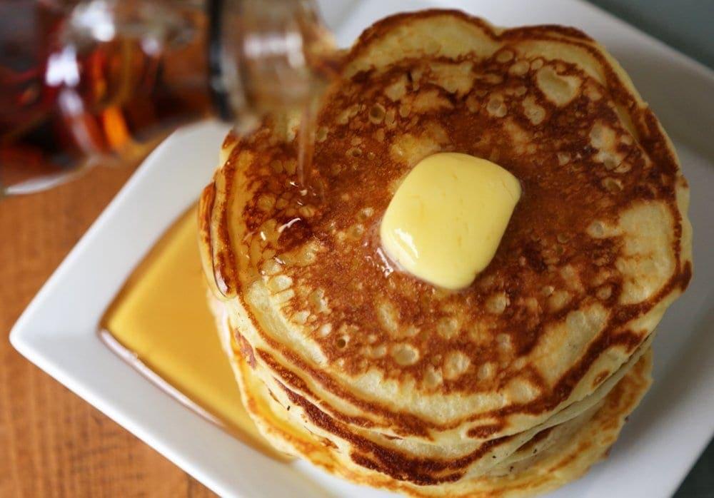 fed3e47f52570be8_9eb853715e48d5aa_pancake-with-maple