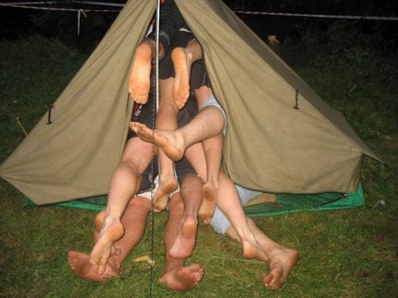 07FunnyCampingPictures.jpg