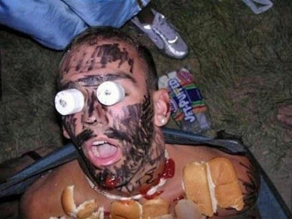 Funny-Drunk-Camping-Pictures-10-570x428.
